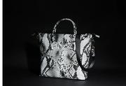 сумка кожа натуральная со змеиным принтом новая