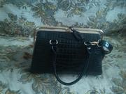 Новая лаковая сумочка